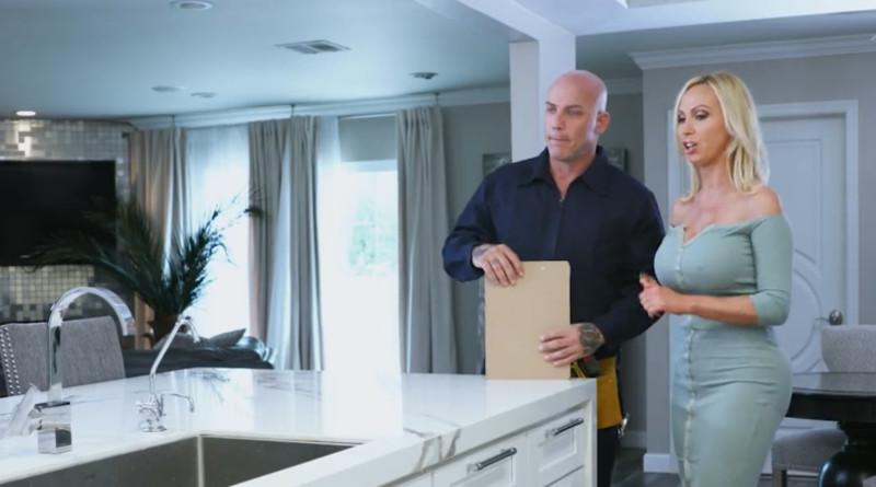 Idraulico e casalinga vogliosa
